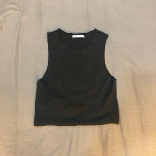 🚚 ZARA黑色無袖短版上衣