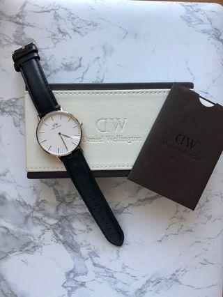 Daniel Wellington Classic Sheffield Rose Gold watch