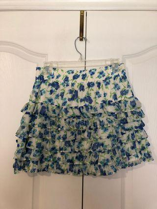 HOLLISTER layered floral skirt