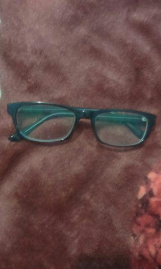 Kacamata Minus 0.5 Ori OPTIK harga beli 200 k