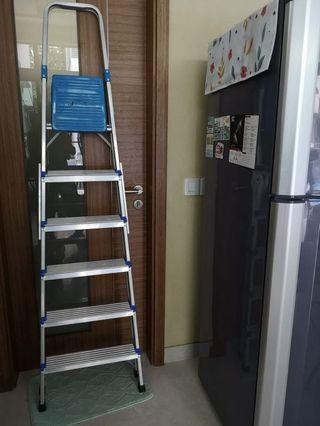 🚚 6 step Aluminium Ladder