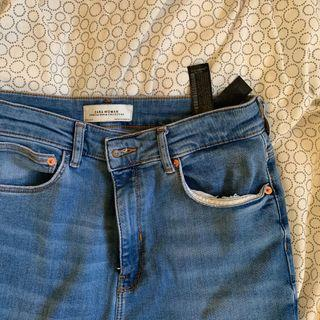 zara medium wash high rise jeans w cut off bottoms