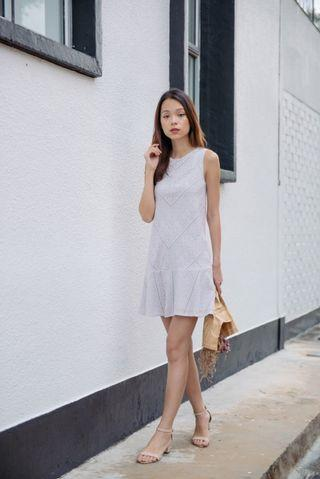 🚚 Ideally Eyelet Dress (Light Grey) Thread Theory XS