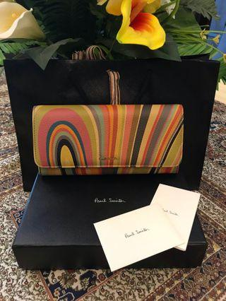 Paul smith women's wallet ( price is negotiable)