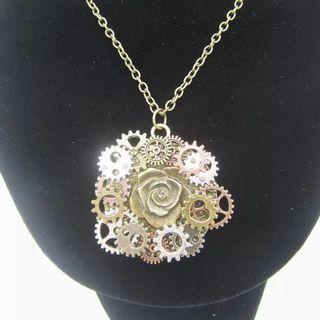 🚚 New Style Antique DIY Gears Around Steampunk Rose Pendant Necklace