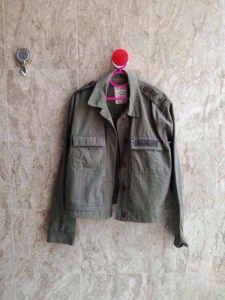 🆕 Pull & Bear Army Green Jacket #APR75