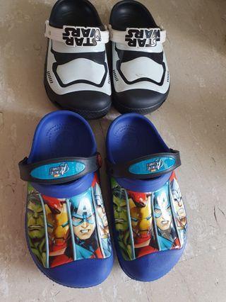 🚚 Crocs Shoe