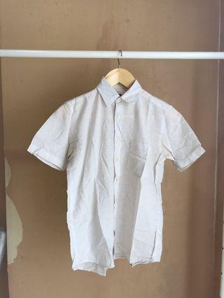 White Shirt Uniqlo