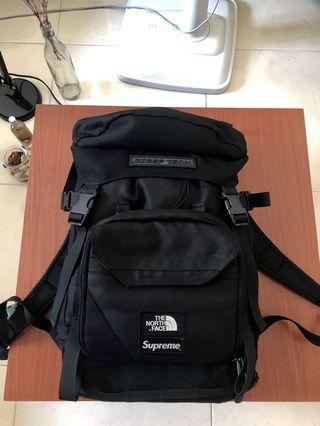 🚚 個人私物 supreme  tnf steep tech backpack