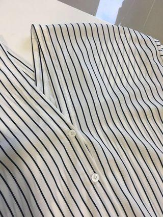 Stripes (black and white) sleeve top / OL / Shirt