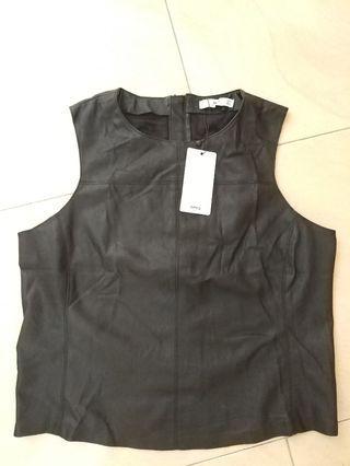 Top Black Mango Leather