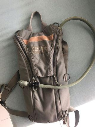 CAMELBAK BACKPACK WITH WATER RESERVOIR