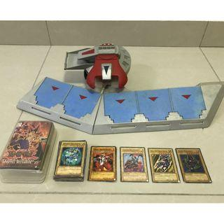 Vintage Yu-Gi-Oh! Duel Disk Card Launcher & Classic Cards!!!