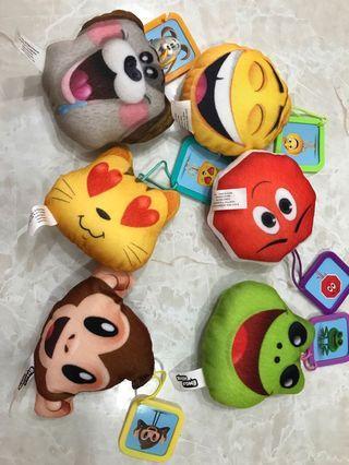 9成新 麥當勞Emoji吊飾公仔 6款