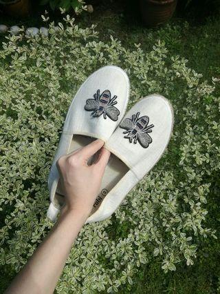 Cotton On Rubi White Sandals/Slip-Ons 💘