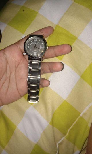 Jam belom pernah pake