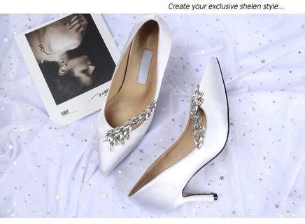 🚚 White Satin Heels