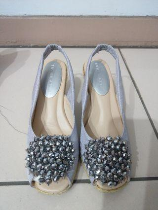 🎉全新🎉日本jelly beans銀灰色珠珠楔形涼鞋