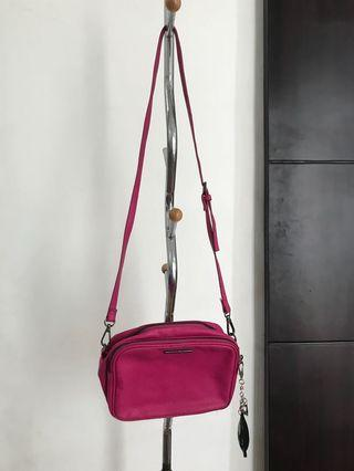 MANGO pink slingbag