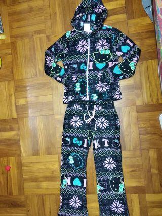 珊瑚絨套裝