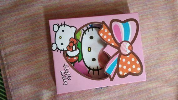 Hello Kitty Note