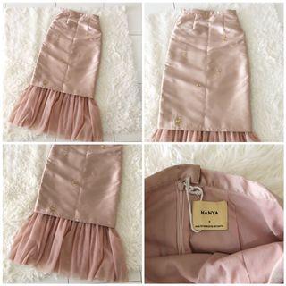 Shop Hanya Skirt
