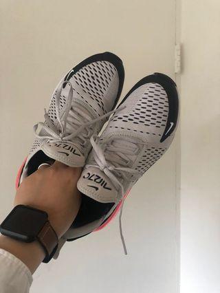 Nike air max270 經典配色 便宜出清