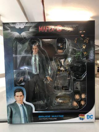 Mafex Bruce Wayne The Dark Knight Version