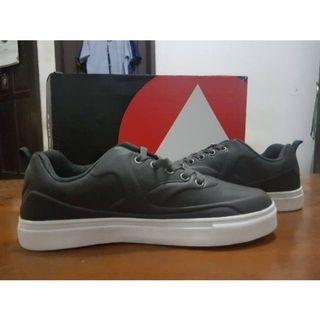 Airwalk koko original size 40 like new