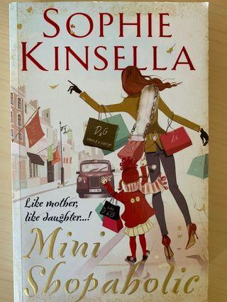 Mini Shopaholic by Sophie Kinsella (Shopaholic #6)