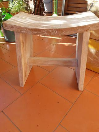 Solid wood curvey stool