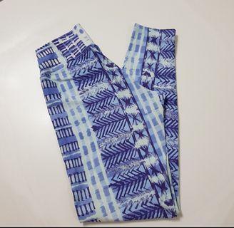 Liquido yoga pants - size S