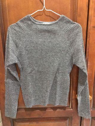 Color box sweater