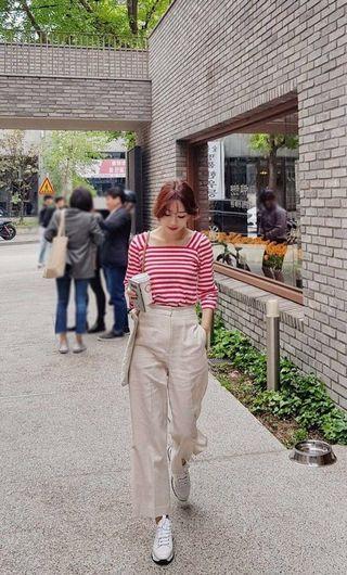 🚚 韓國 高單質感歐膩家 法式文青方領橫條七分袖上衣(3色)