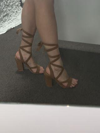 Size 6 Brown Tie Up heels