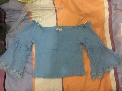 Hollister粉藍蕾絲橡筋喇叭袖露肩一字領上衣衫一字膊HCO blue lace bell sleeved off shoulder top A&F Abercrombie & Fitch AF AEO