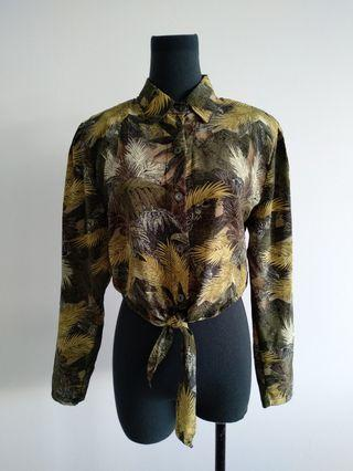 Vintage jungle print cropped shirt