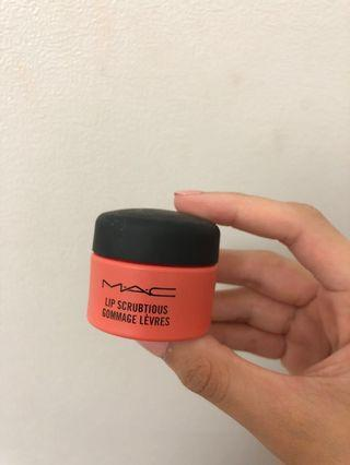 MAC Lip Scrubtious