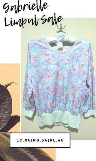 FLORAL SOFT SWEATER