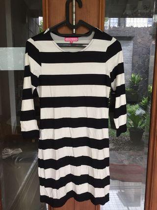 Mididress Strip Black and White