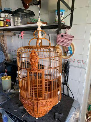 Huaybee cage