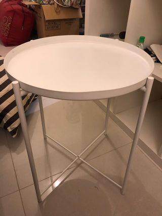 Coffee / side table with removable top - perfect condition!