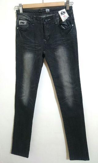 🚚 IBS低腰直統牛仔褲(黑)