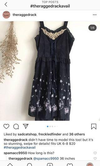 Dark blue lace floral pleated dress