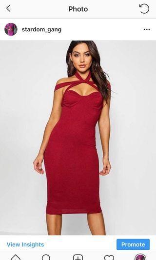 Stretchy strap burgundy dress