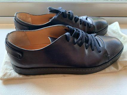 🚚 Santoni lace-up men's shoes