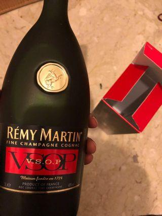 🚚 BNIB Remy Martin VSOP. FREE 2-hour delivery. Cash on delivery. 24/7. Free gift wrapping
