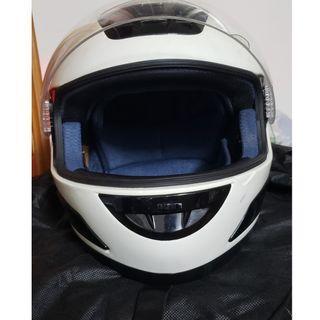 出售WS-10頭盔一個