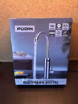 Pudin, 220V Electric Instant Heater Tap, Supply Hot and Cold Water, Stainless Hot Water Kitchen Tap with LED Digital Display for Home Facilities (British Plug) (Silver)