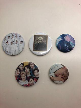 [WTS] EXO AND GOT7 BADGES